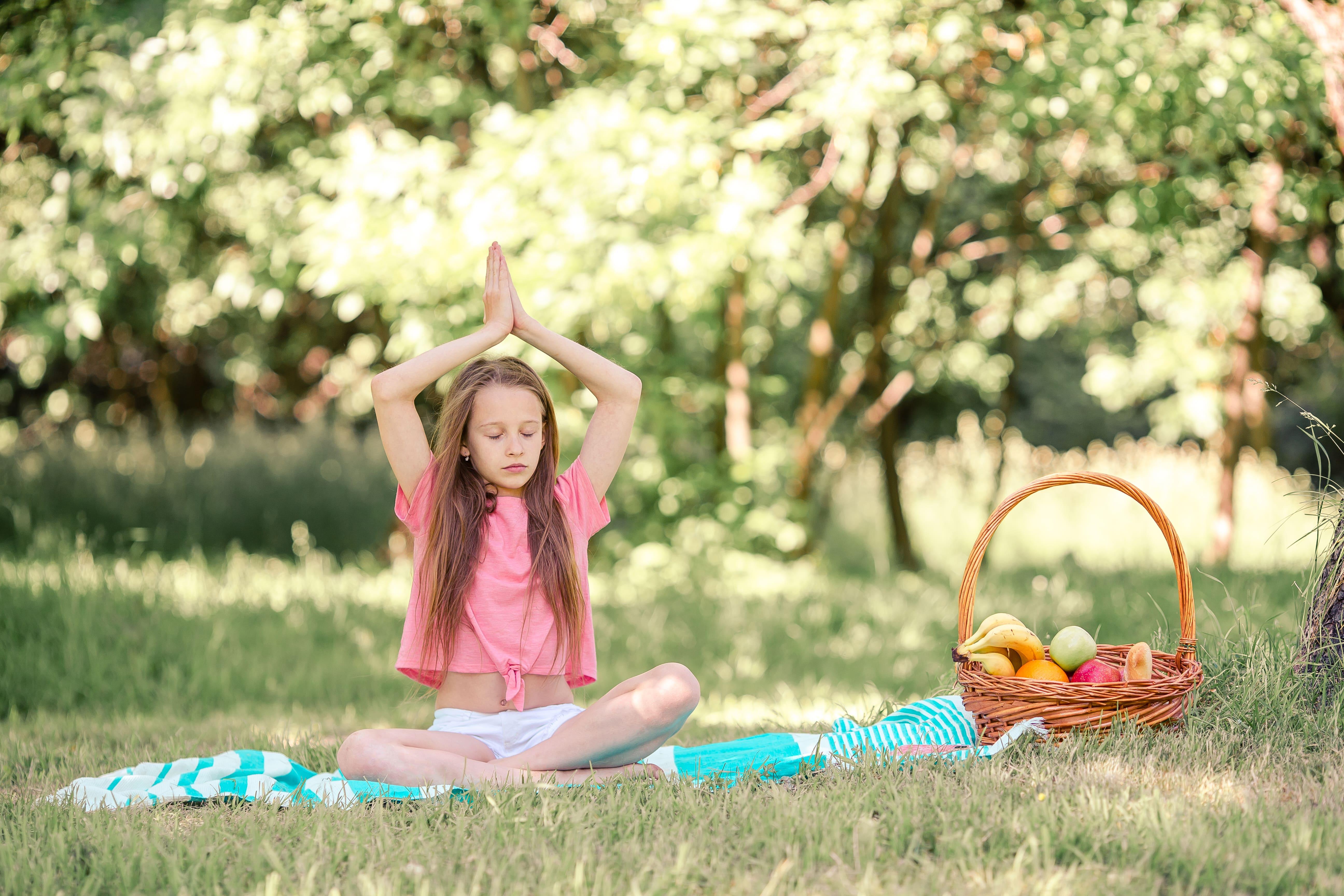 yoga meditacion alimentacion infantil